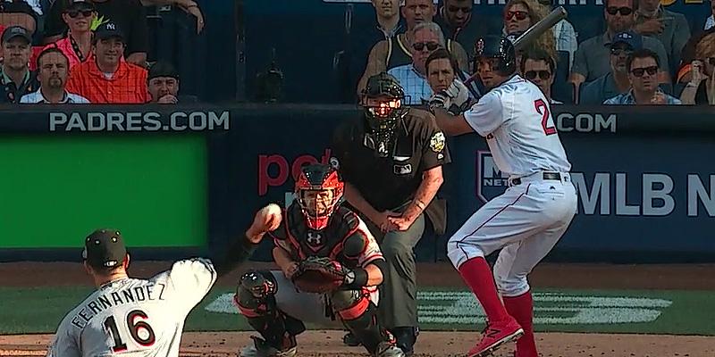 Xander Bogaerts aan slag in de derde inning van de All Star Game.