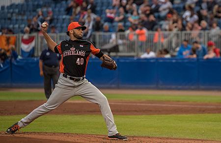 Orlando Yntema was de startend pitcher voor het Nederlands Koninkrijksteam.