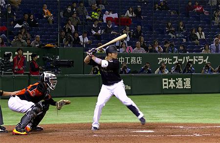 Seiya Suzuki sloeg een grandslam-homerun in de tiende inning.