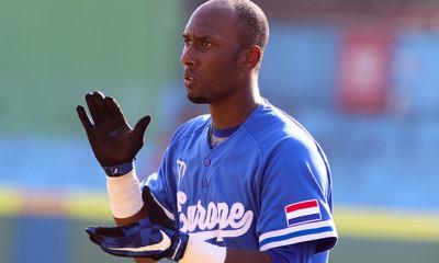 Dudley Leonora speelde zijn eerste seizoen in de Aziatische wintercompetitie.