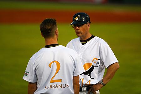Charles Urbanus stond de afgelopen seizoenen samen met zijn zoon Nick Urbanus op het veld.