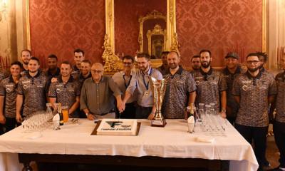 De kersverse Europees clubkampioen werd dinsdag ontvangen door burgemeester Virginio Merola en sportwethouder Matteo Lepore.