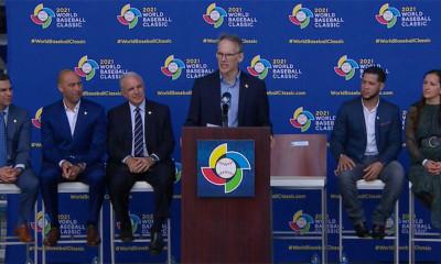 Toernooivoorzitter Jim Small maakt de speelsteden bekend voor de World Baseball Classic 2021.