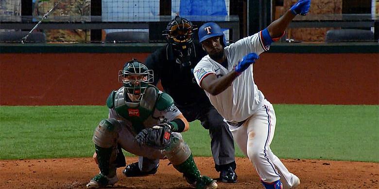 Sherten Apostel sloeg in de zevende inning zijn eerste honkslag.